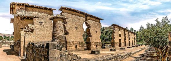 Racchy • Viagens Sagradas • Lago Titicaca com Conrado López